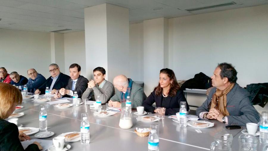 Imagen de la reunión con el PSOE